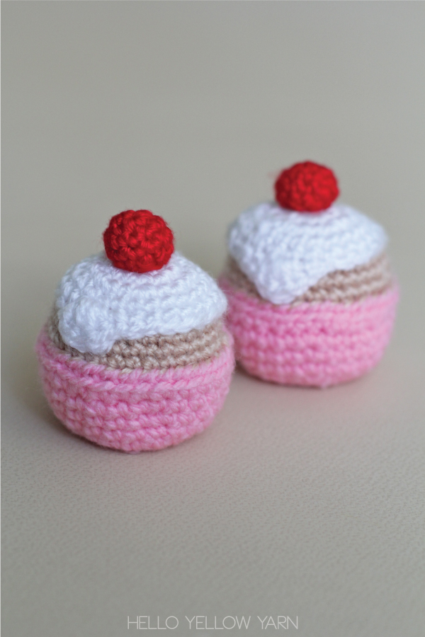 Crocheted Cupcake – Free Pattern