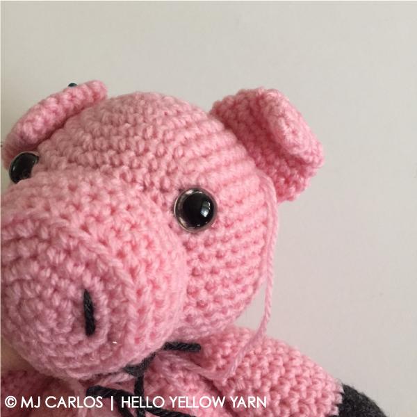 Hamilton-the-Muddy-Piggy-Ears-fold