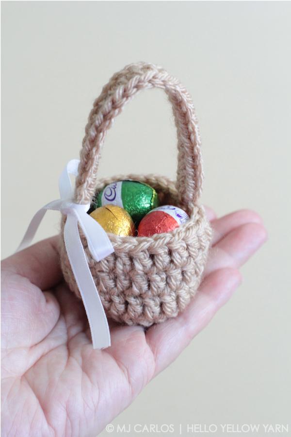 mini-crochet-easter-eggs-basket-hyy-4