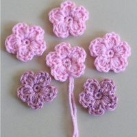 Simple Crochet Flower - Pattern and Tutorial