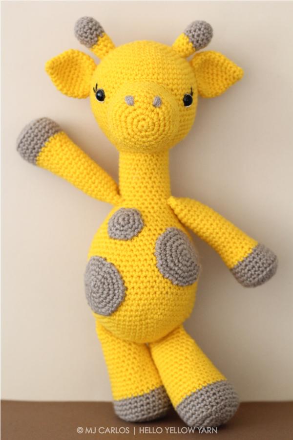 Crochet Amigurumi Giraffe Graceful Gemma