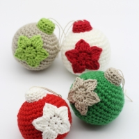 Crochet Christmas Baubles - Free Pattern