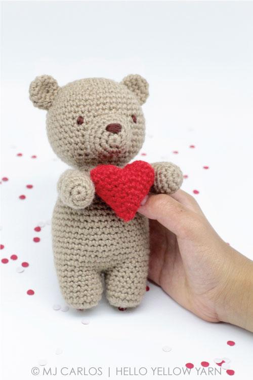 Little Valentine Bear Free Amigurumi Pattern